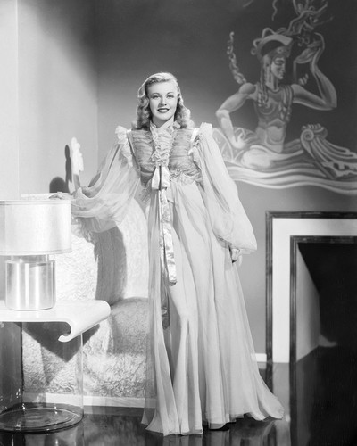 Picture of Ginger Rogers in Shall We Dance