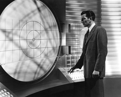 Picture of Michael Rennie in The Day the Earth Stood Still