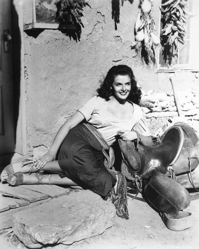 Picture of Jane Russell in The Outlaw