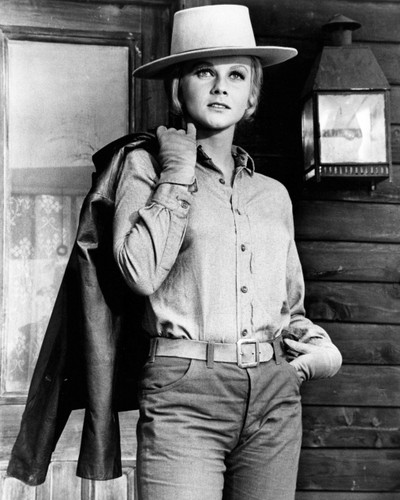 Picture of Ann-Margret in The Train Robbers