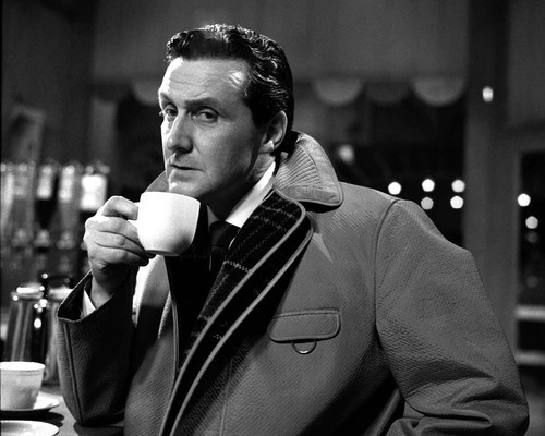 Picture of Patrick Macnee in The Avengers