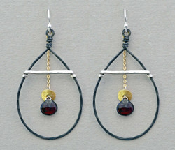 Swaying Garnet Earrings