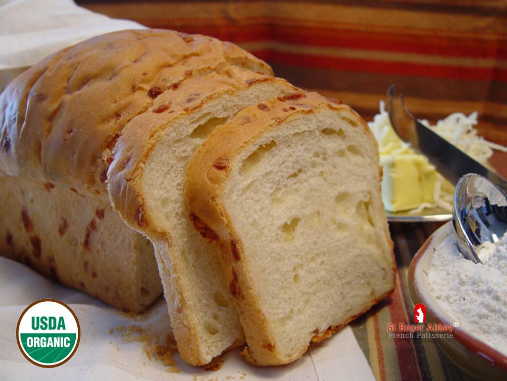 ORGANIC BRIOCHE BREAD WITH CHEESE
