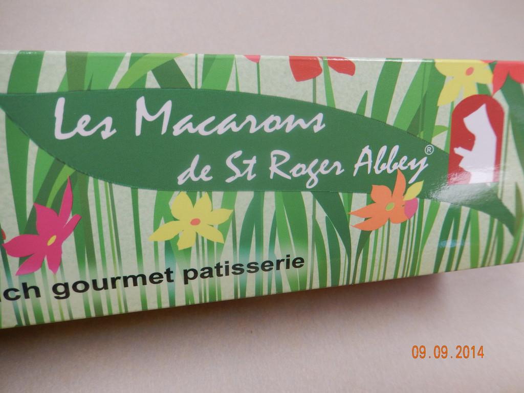 GREEN FASHION ORGANIC FRENCH MACARONS
