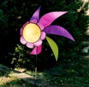 Lawn Spinner - Flower