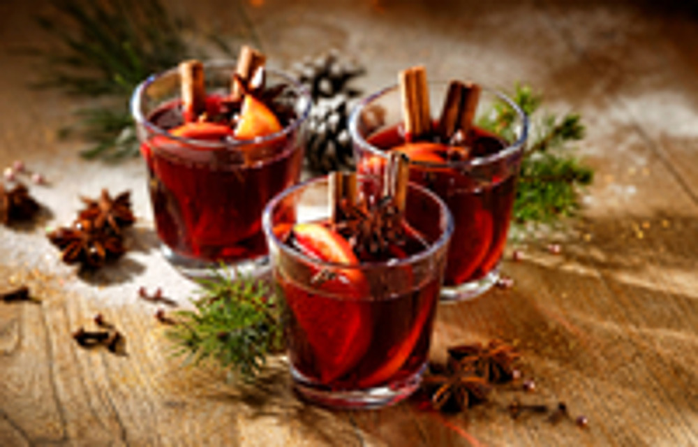 What is a Hot Toddy and What is the Best Way to Enjoy Them This Winter?