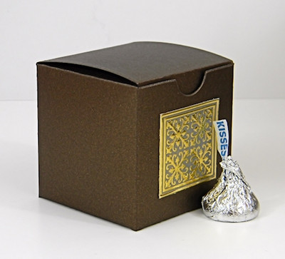 Small Tuck Top Box shown in Shimmering Chocolate. Foil Seal not included.