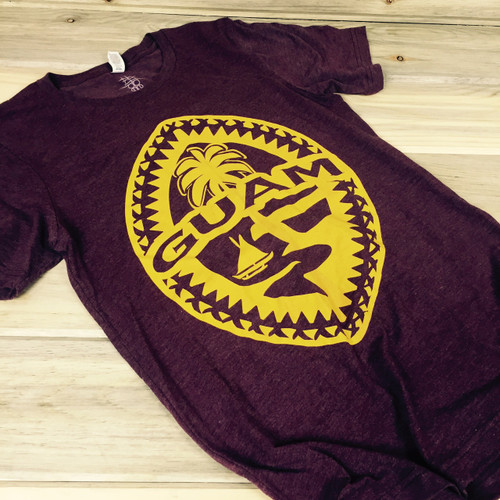 Light-Weight Guam Tribal Seal Unisex Maroon Soft T-Shirt