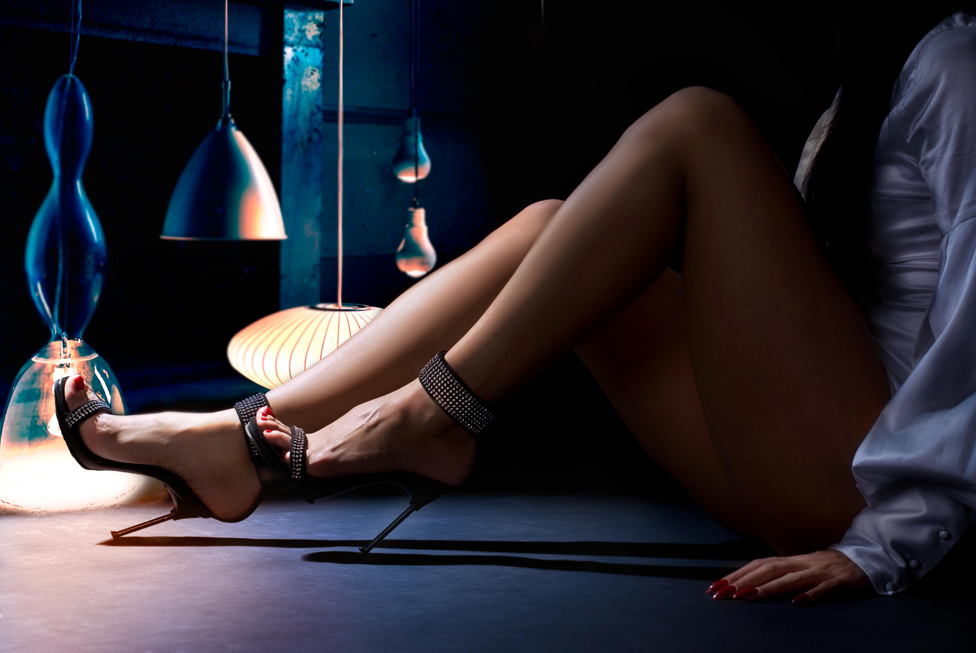 sexy-sandals.jpg