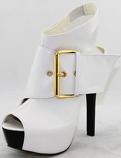 C Label Dainty White Booties