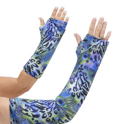 Love jewel tones, feathers, and a hint of animal spots? Don't look any farther! This great fabric choice quickly became a best seller for arm cast covers! Available in long and short arm styles.