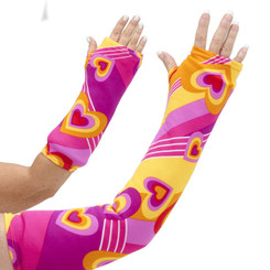 70's inspired design, wearing a Hippy Hearts arm cast cover will bring back memories of listening to Led Zeppelin, Aerosmith, and the Rolling Stones. Available in long and short arm styles.