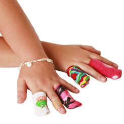 Splintz! for Girls -  An assortment of fun and flirty fabric styles. (1-finger style is shown.)