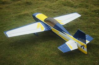 Extra300L 73in, B scheme