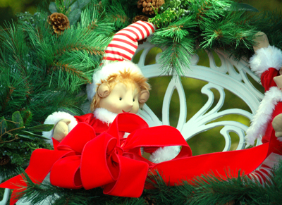 christmasoutcat.jpg