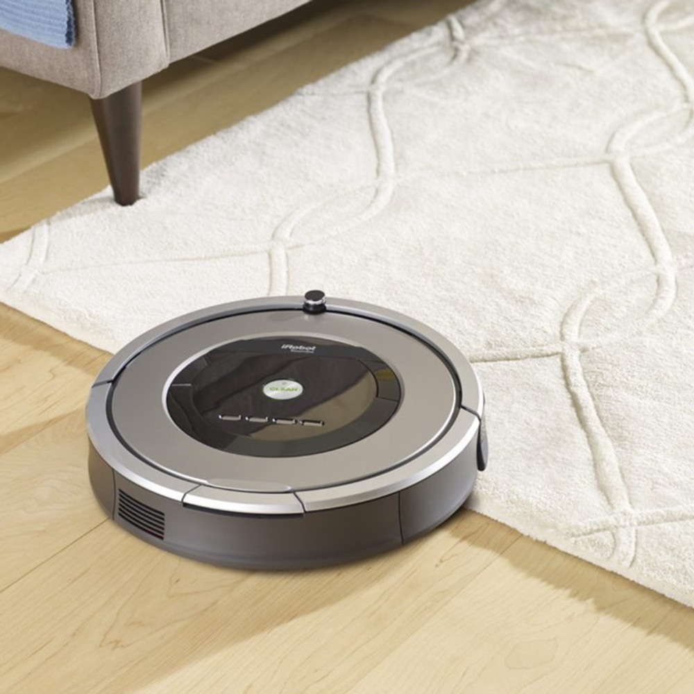 Roomba 860 Cleans both Carpeting and Hardwood