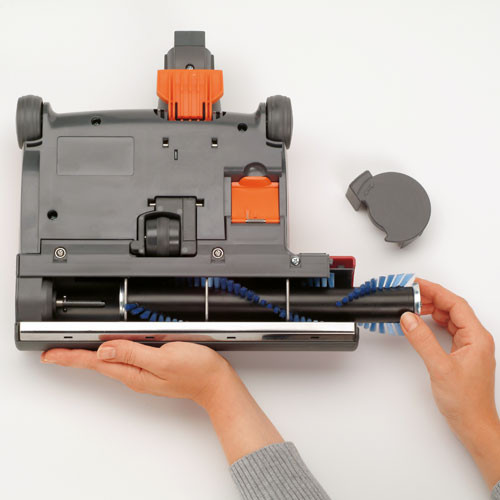 Easy clean roller can be removed without tools.