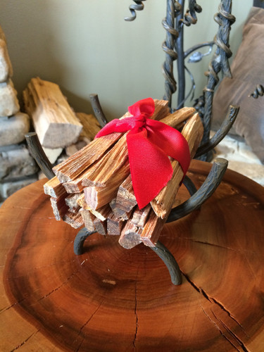 Hearty Pine Fatwood with Mini Log Basket