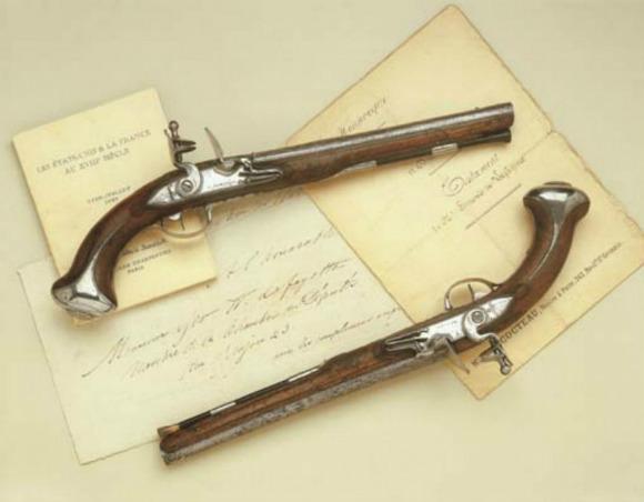 washington-pistols.jpg
