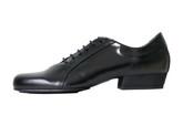 2x4 al pie Abasto - Negro (fully leather)