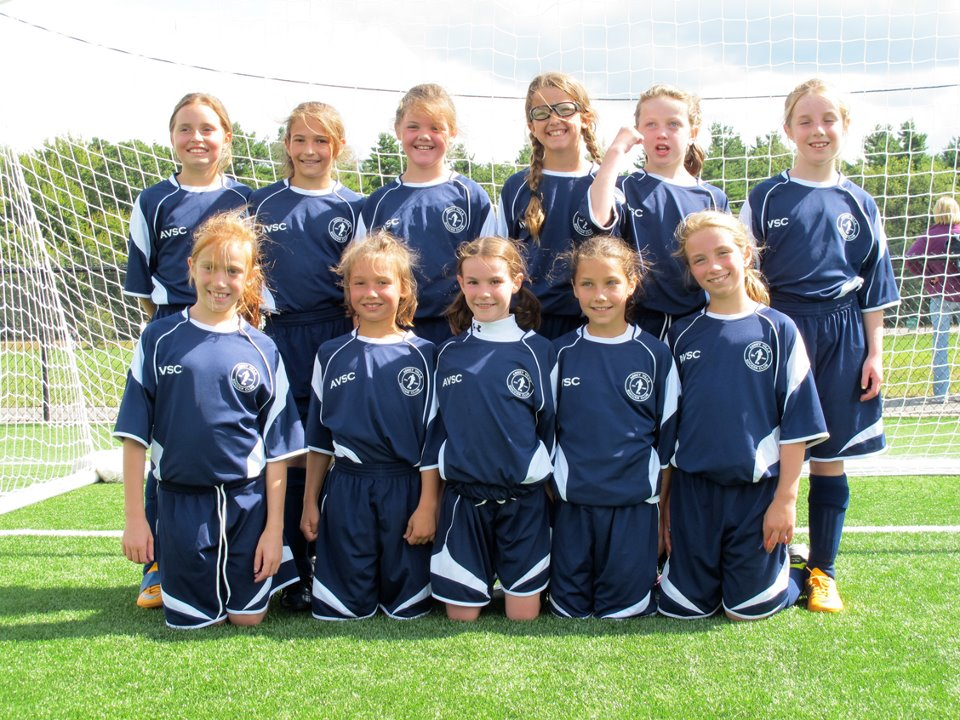 AVSC girls soccer team in Code Four Atheltics Velocity soccer uniform