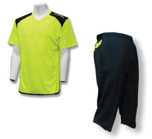 Soccer Coach Apparel Set: Diadora Grinta jersey and 3/4-length training pants