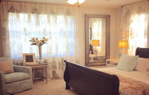 couture-dreams-pat-pankow-interiors-w-enchantique-curtains.jpg