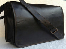 PL   black Grunge Messenger Bag