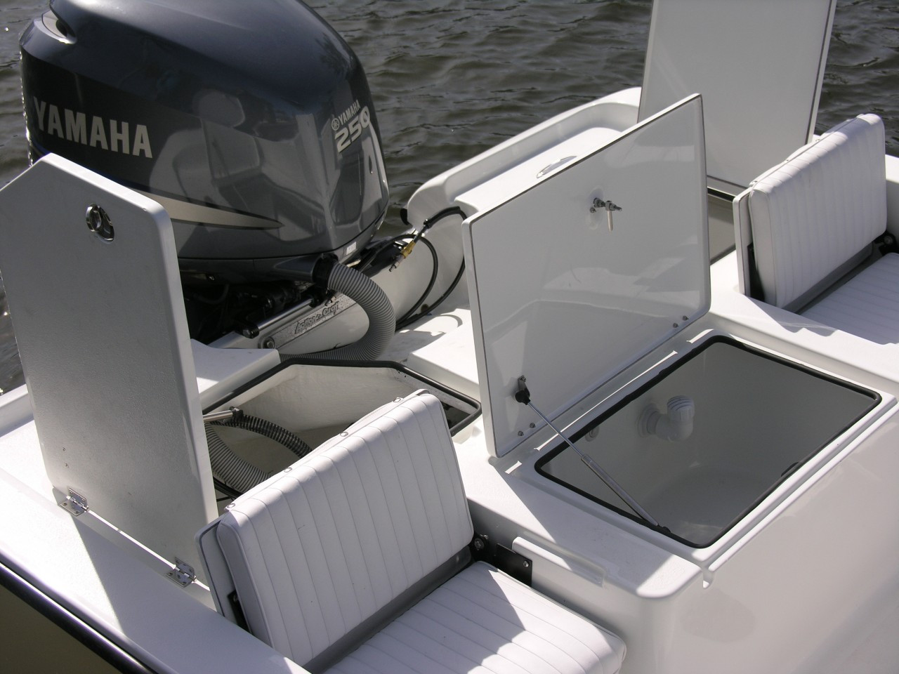 Action Craft Coastal Bay 2310 http://www.actioncraftboatparts.com/coastal-bay-jump-seat-lower-seat-2310/