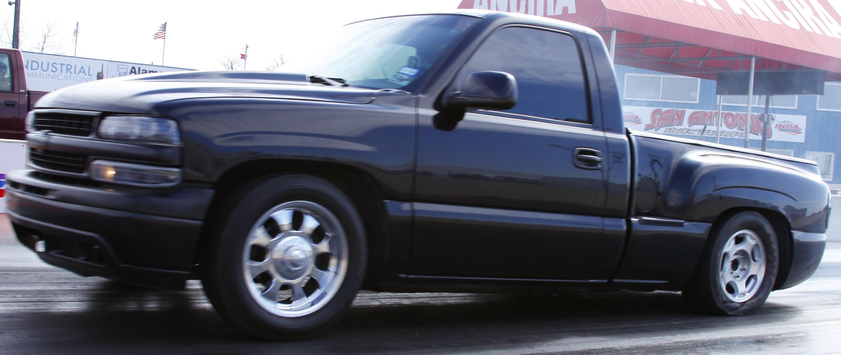 99-chevrolet-pickup.jpg