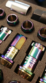 31875NK -Project Kics R40 Lug Nuts  NeoChrome W/ Locks