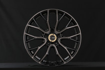 57 Valkyrie 18x9.5 +40 (all four) Black/Line Diamond Cut/Black Clear