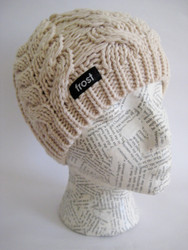 Cable knit beanie hat for women