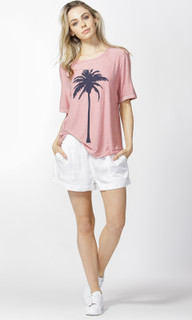 Women's Tops Australia | Los Angeles Tee | BETTY BASICS