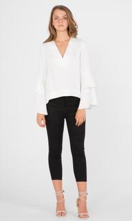 Women's Pants Online | Hera Cropped Jean | AMELIUS