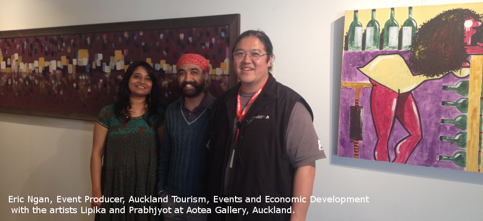 artists-with-eric-ngan-of-auckland-tourism-at-aotea-gallery.jpg