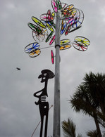 Steel & acrylic kinetic sculpture Height: 6 meters Installed permanently at Puke Ariki Museum, New Plymouth, New Zealand