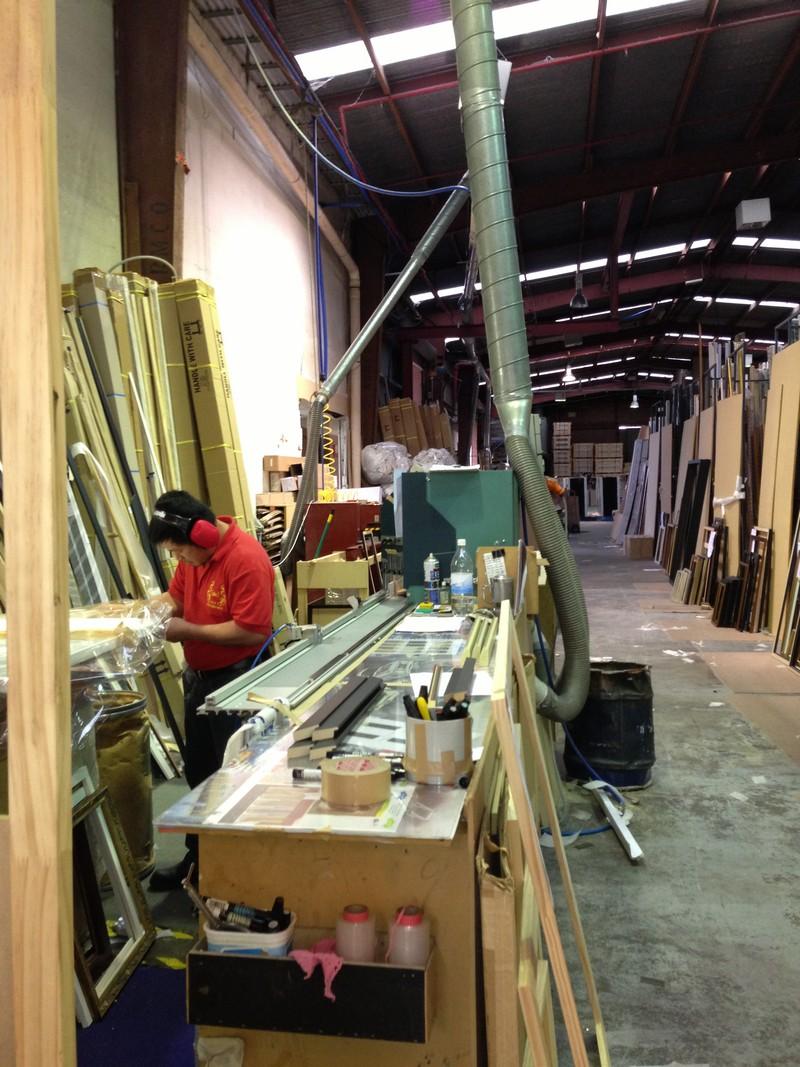 print-decor-in-the-frame-cutting-area.jpg