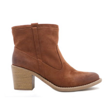 qupid dark rust western chunky heel booties