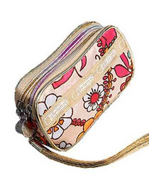 Cream Paisly Flower Zip Purse