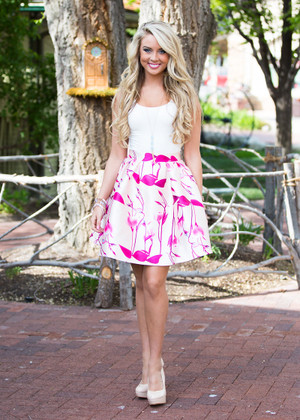 Fashion Frenzy Skirt Cream/Pink CLEARANCE