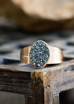 Glamorous Sparkling Stonge Cuff Bracelet Gunmetal