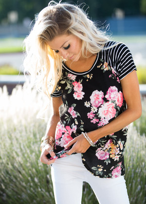 Single For the Summer Floral Striped Tee Black