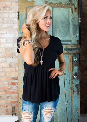 A Little Bit of Ruffles Top Black