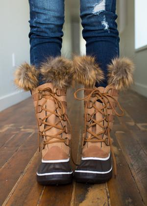 Through the Snow Camel Faux Fur Trim Boots