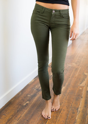 Picture Perfect Skinny Jeans Olive