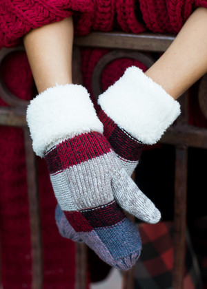 Plaid Checkered Mittens Ivory CLEARANCE
