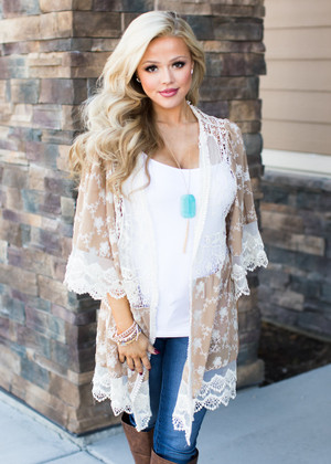 Hold Me Tight Floral Lace Kimono Mocha/Ivory