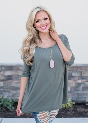 Out of My Mind 3/4 Sleeve Top Olive