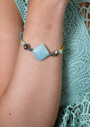 Simply Beaded Bracelet Blue CLEARANCE